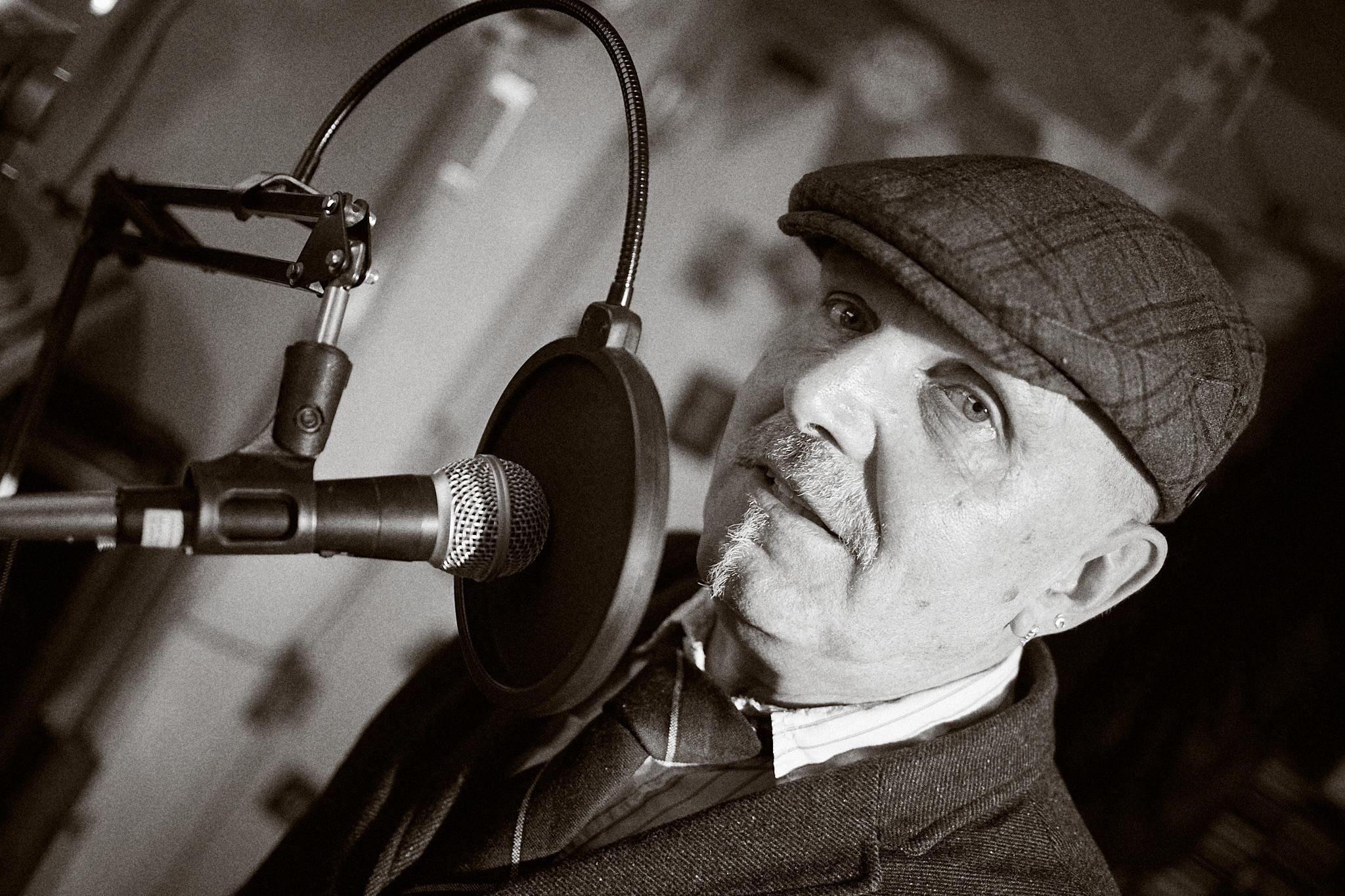 Surfinduck Radio Show